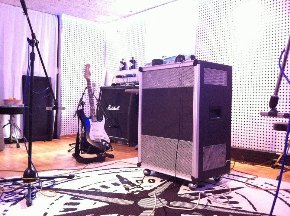 Live Room2